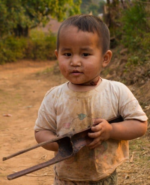 Cheeky Kid Hsipaw Trekking