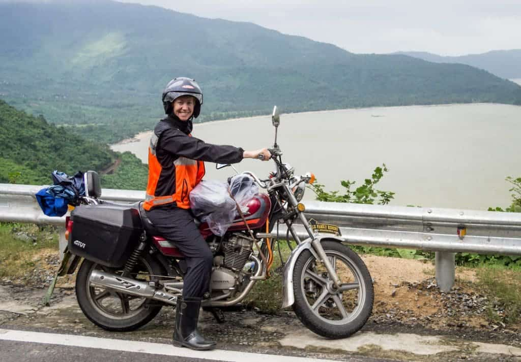 hue to hoi an by motorbike