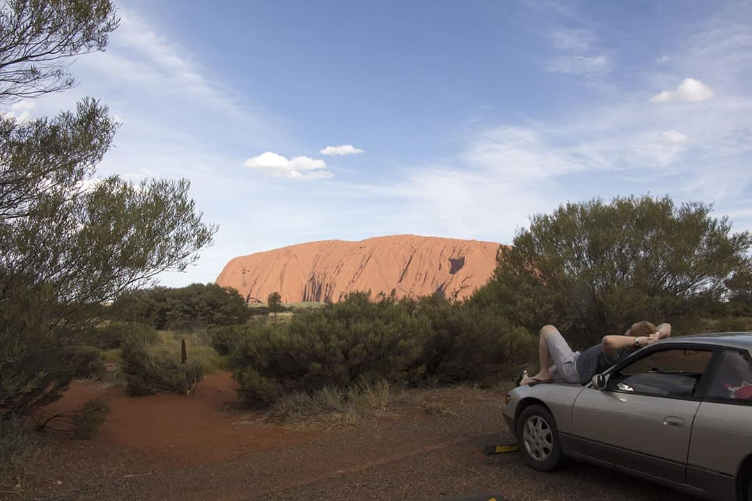 road-trip-to-uluru-in-outback-australia