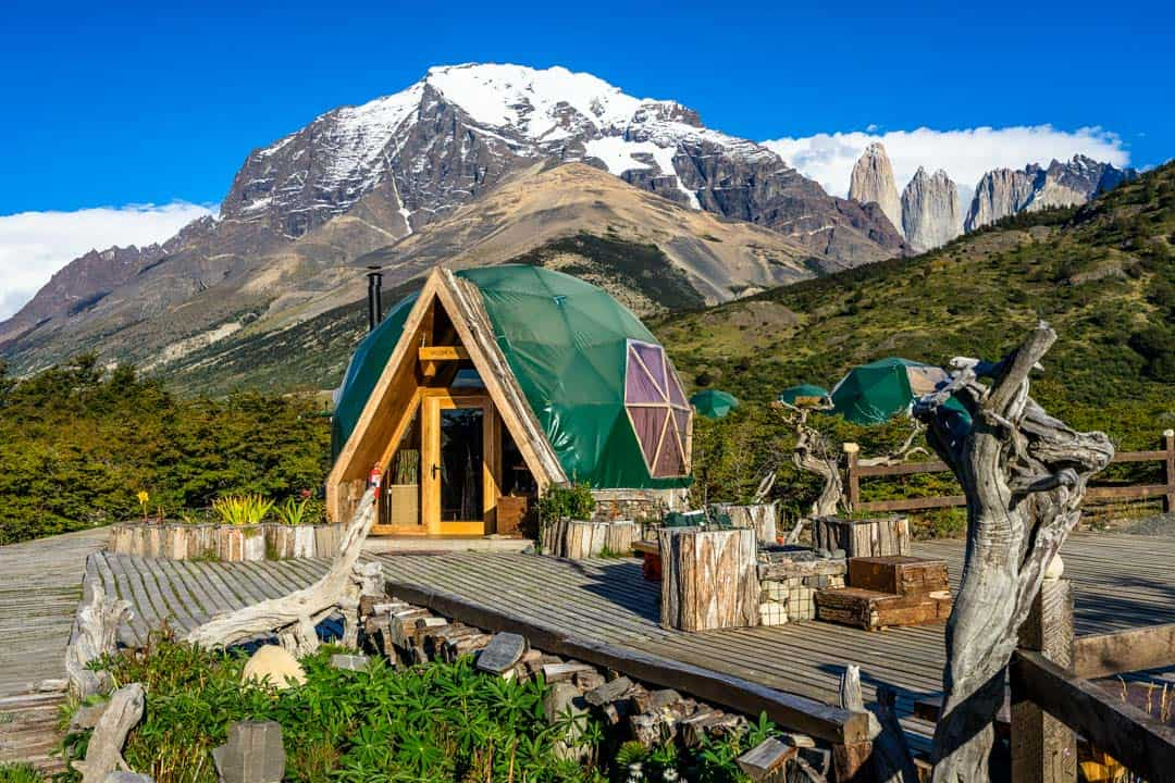 patagonia sustainability Greening the supply chain: a case analysis of patagonia by: patagonia, a leading pioneer in movement for environmental sustainability patagonia has committed to many environmental causes, including the company's programs for environmental grants.